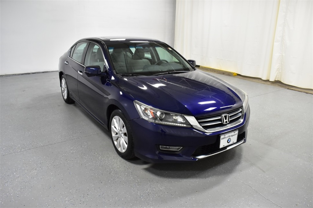Pre-Owned 2013 Honda Accord 4dr I4 CVT EX