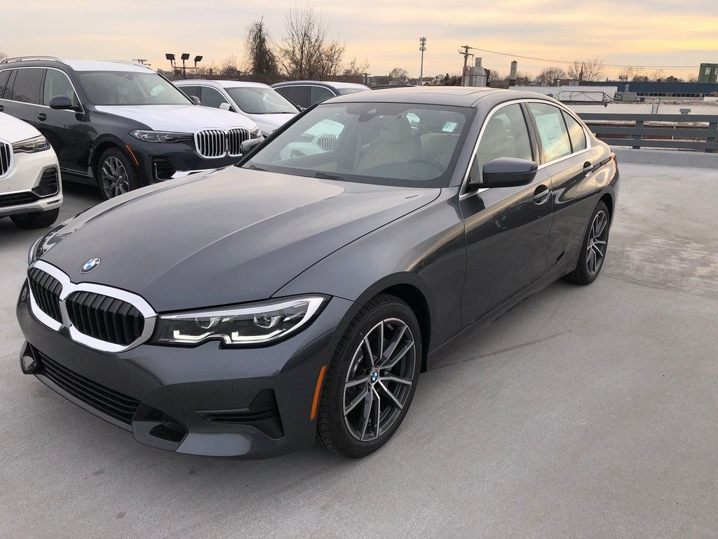 <center><b>New 2020 BMW 3 Series 330i xDrive Sedan</b></center>
