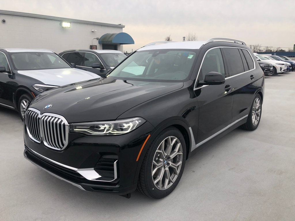 <center><b>New 2020 BMW X7 xDrive40i</b></center>