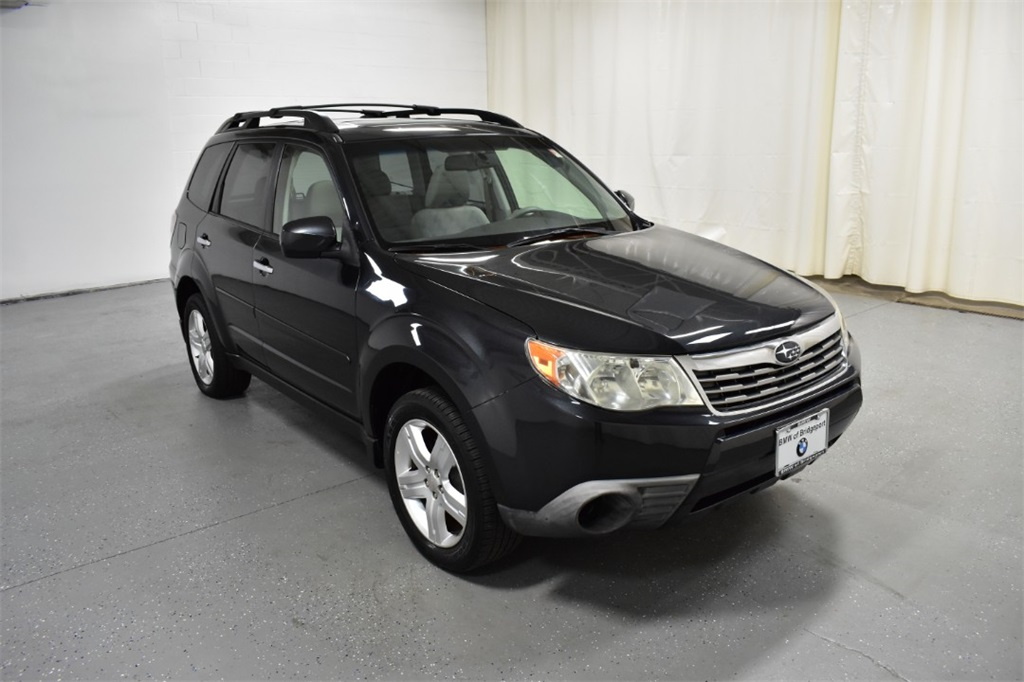 Pre-Owned 2010 Subaru Forester 4dr Auto 2.5X Premium w/All-Weather