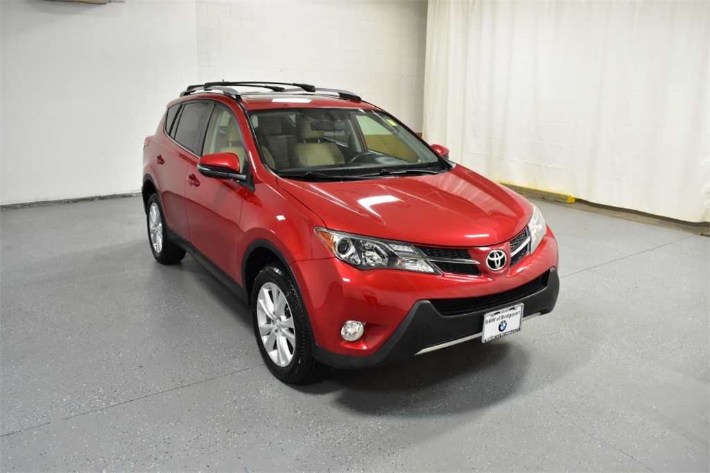 Pre-Owned 2014 Toyota RAV4 AWD 4dr Limited