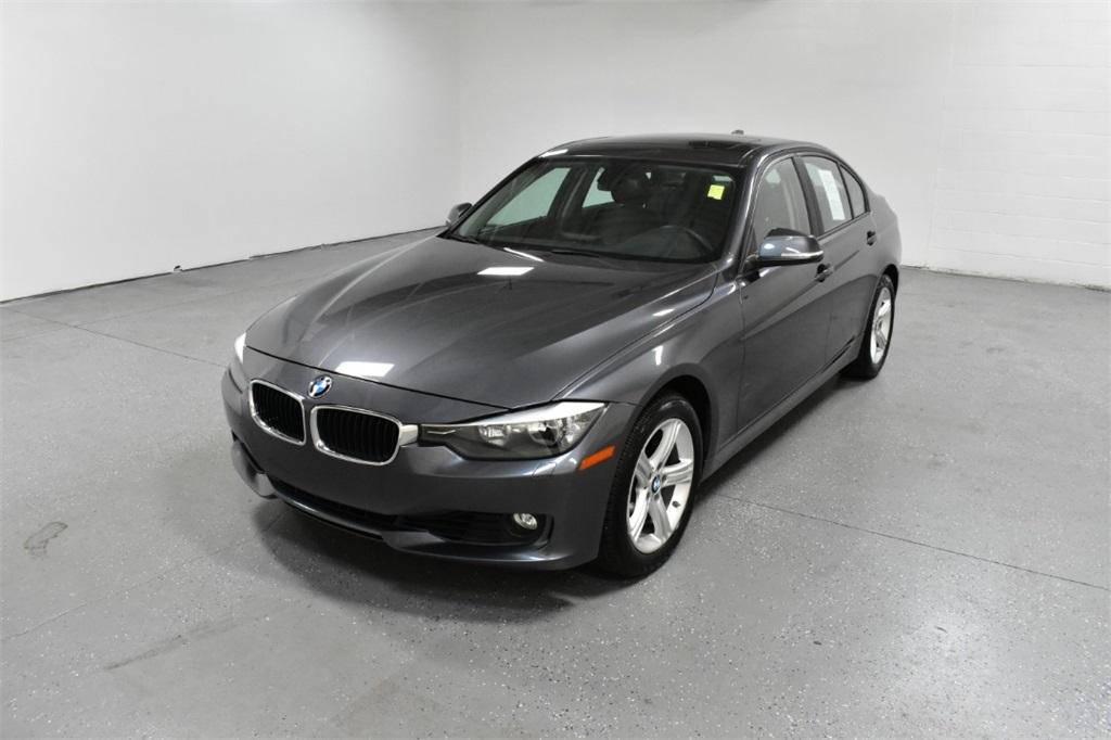 <center><b>Pre-Owned 2014 BMW 328i xDrive</b><center>
