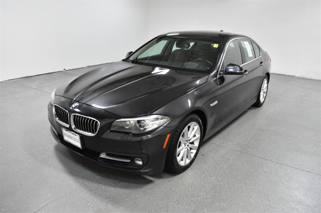 <center><b>Pre-Owned 2016 BMW 535i xDrive</b></center>