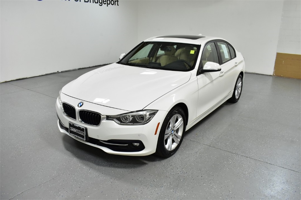 <center><b>Certified Pre-Owned 2016 BMW 3 Series 328i xDrive</b></center>