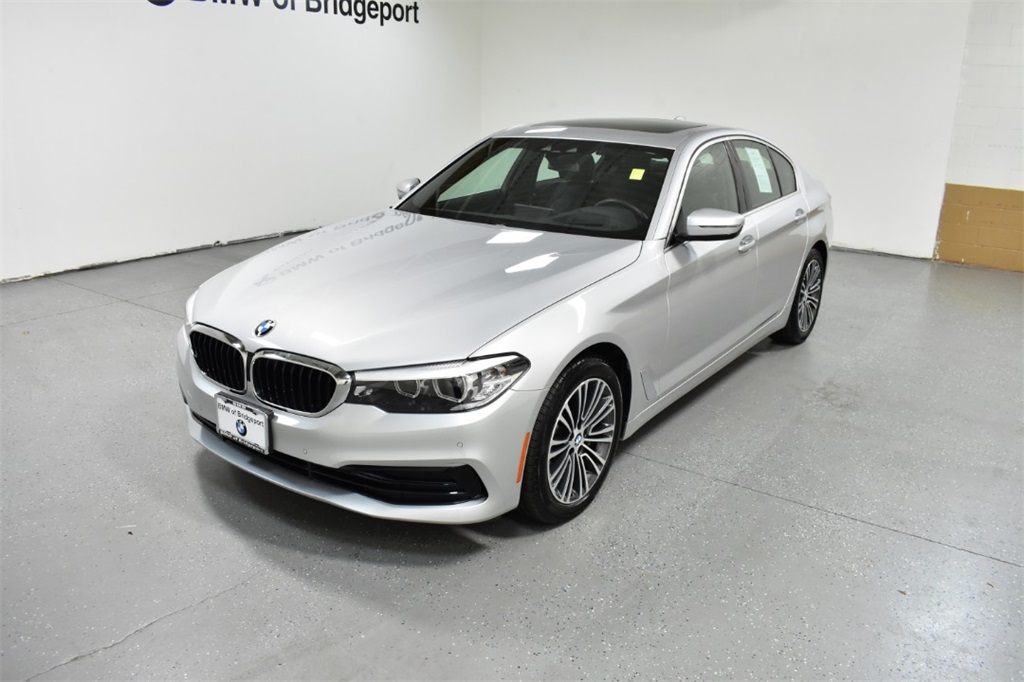 <center><b>2019 BMW 5 Series 530i xDrive</b></center>