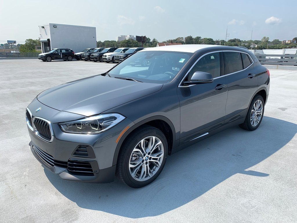 <center><b>New 2021 BMW X2 xDrive28i</b></center>